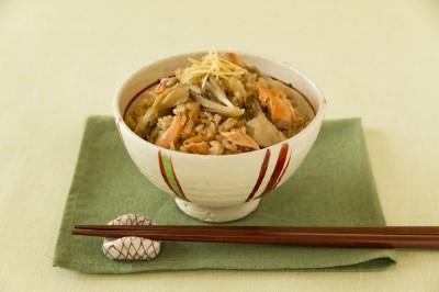 秋鮭と舞茸の炊き込みご飯